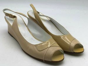 Bruno Magli Nude Patent Leather Pumps Size 10.5